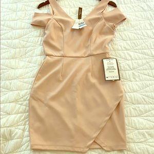 Elegant and Sexy Speechless Dress. Size 9.
